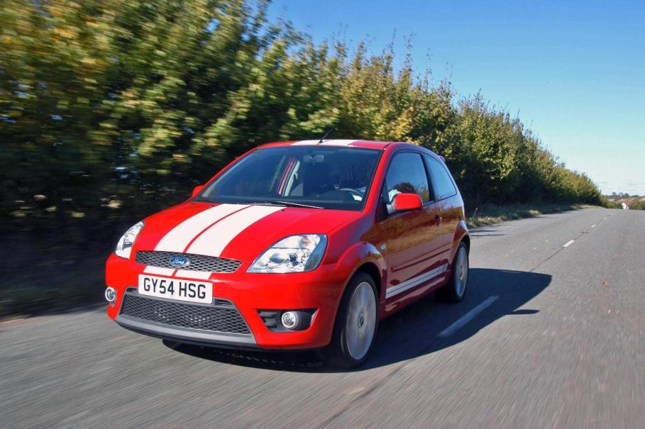 L-Red-Ford-Fiesta-ST
