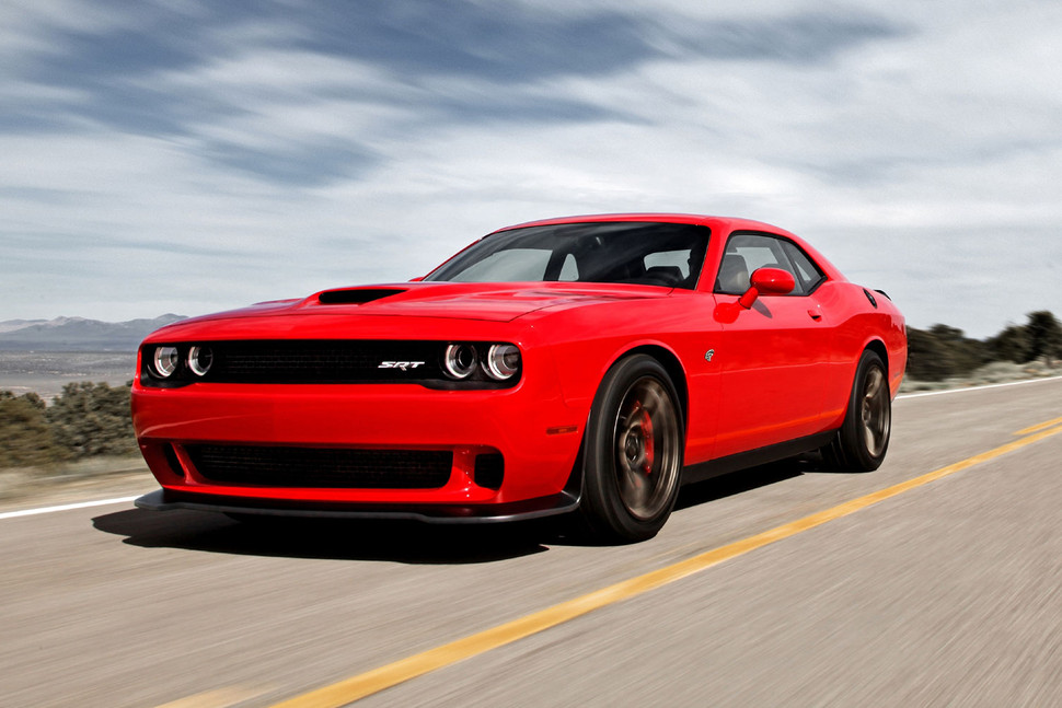 2016-dodge-challenger-srt-hellcat-red-driving-970x647-c