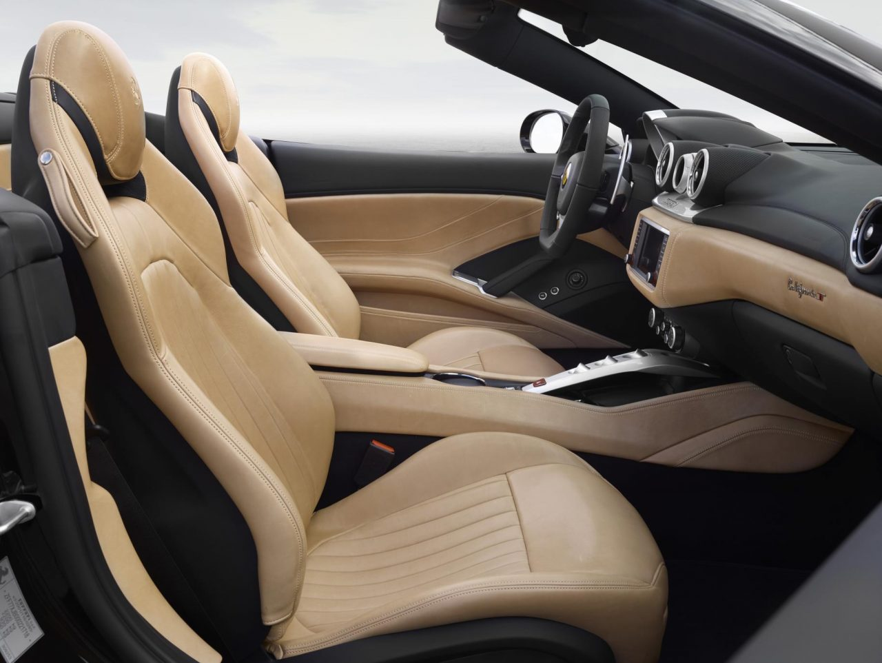 ferrari-california-70th-anniversary-edition-interior-1280x962