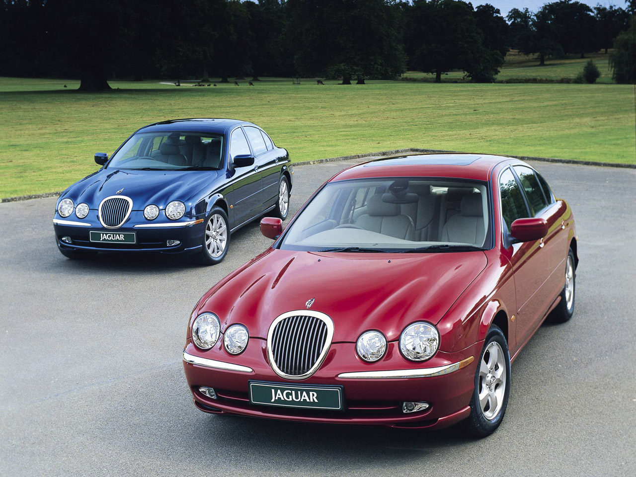 2000 Jaguar S-TYPE. CN-331035-111
